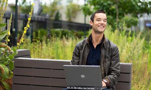 leroy seijdel persoonlijke ontwikkeling online ondernemen 1 minuut community uitstelgedrag discipline leren mindset digital nomad